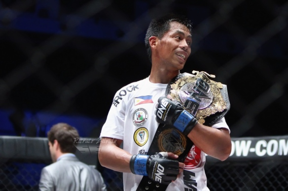 Honorio Banario captures the One FC featherweight belt in Feb. 2nd against Eric Kelly - Photo by Sev B Jr. for MMA Orient